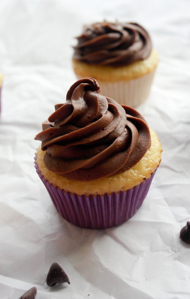 The Best Vanilla Cupcakes – Baking Is A Science