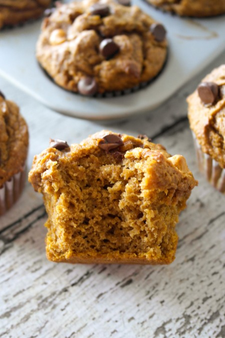 Healthy Pumpkin Pie Muffins